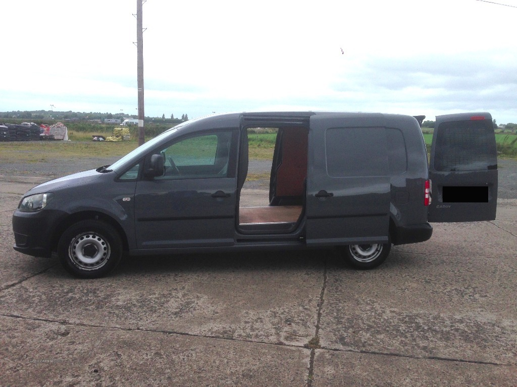 volkswagen caddy maxi van the yard group used cars ni. Black Bedroom Furniture Sets. Home Design Ideas
