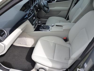 Mercedes C-Class C200 CDI Executive SE 4dr Auto in Down