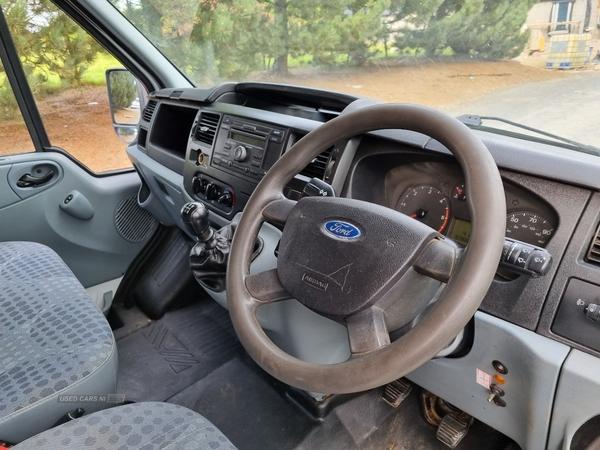 Ford Transit 115 T350L D/C RWD in Down
