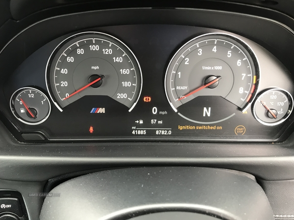 BMW M4 S-A in Down