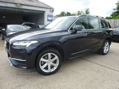 Volvo XC90 MOMENTUM D5 P-PULSE in Down